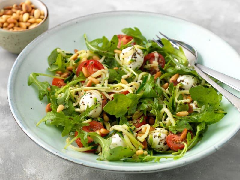 Recept voor courgette spaghetti met cherrytomaten en mozzarella