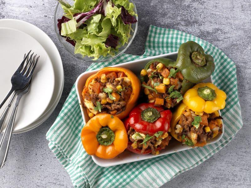 Recept gevulde paprika met gehakt, zoete aardappel en mais