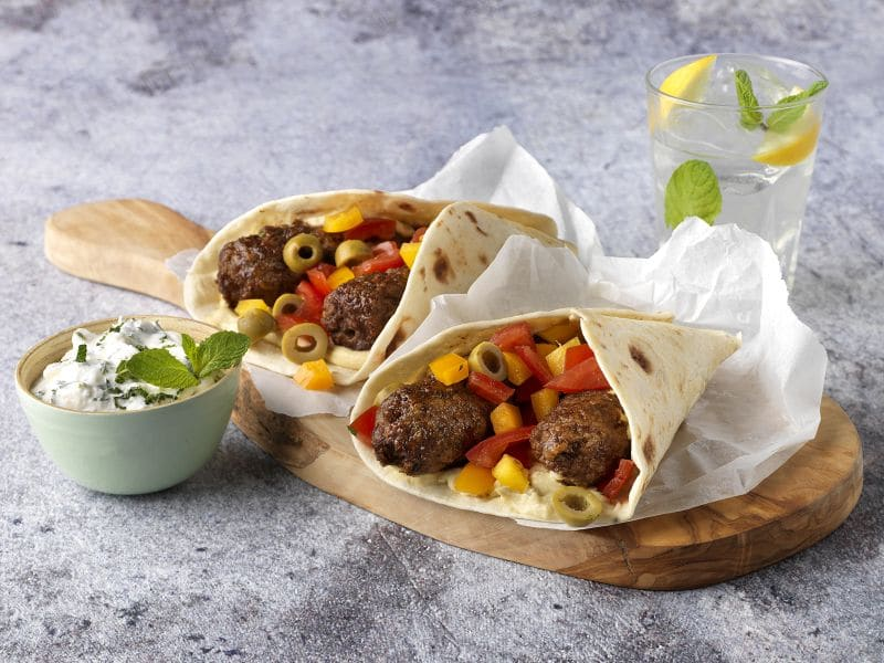 Recept wraps met runderkebab, hummus en frisse groenten