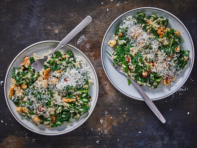 Recept voor notenrisotto met spinazie