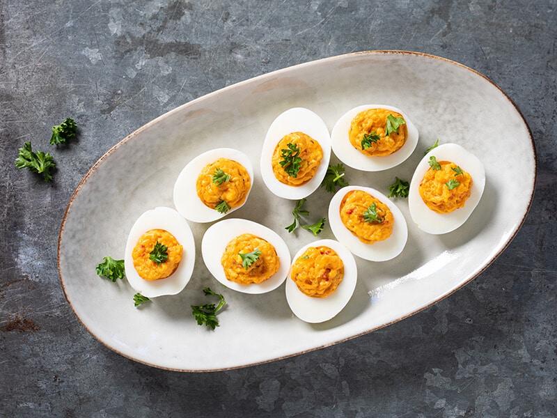 Recept voor gevulde eieren met oranje brulsaus