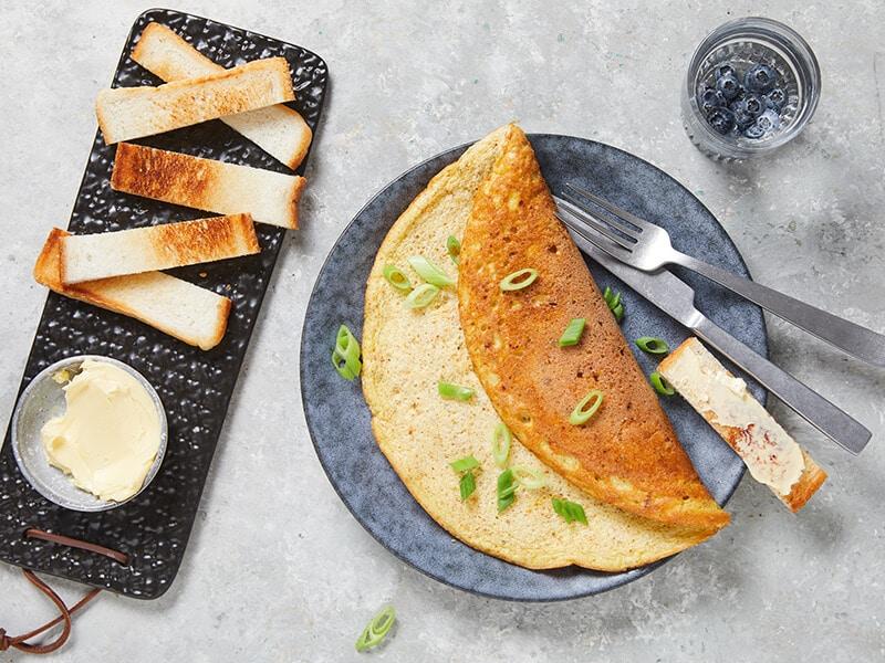 Recept voor hartige schuimomelet met geraspte oude kaas